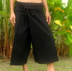 Thailand Capri Fisherman Pants one size black